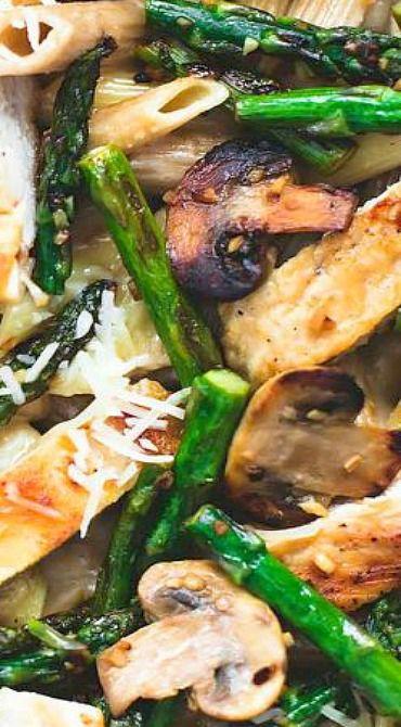 Garlic Chicken Mushroom and Asparagus Penne