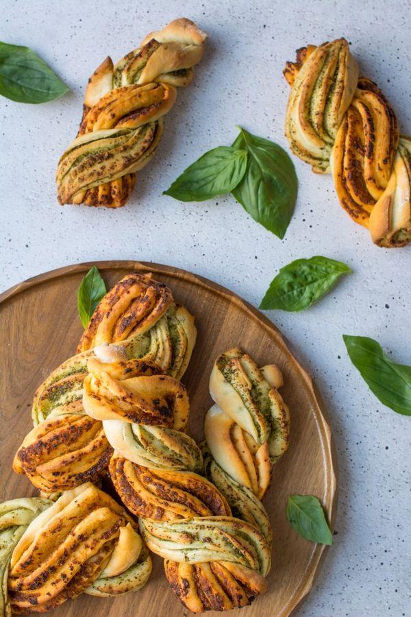 Two Tone Pesto Bread Twists