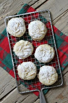 Almond Dream Cookies