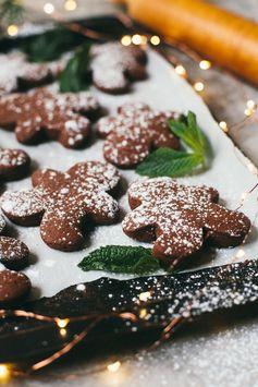 Mint Chocolate Gingerbread Cookies | #calmandbrightcookienight