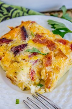 Cheesy Overnight Bacon and Egg Breakfast Casserole