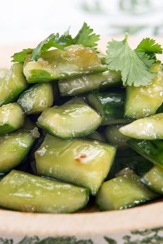 Chinese Smashed Cucumbers With Sesame Oil and Garlic