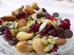 Homemade High Protein Sweet & Salty Trail Mix