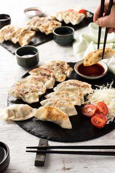 Japanese GYOZA (Dumplings