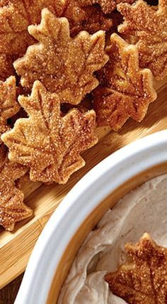 Pie Crust Chips & Cinnamon Dip