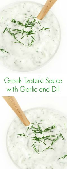 Creamy Tzatziki Sauce with Garlic and Dill