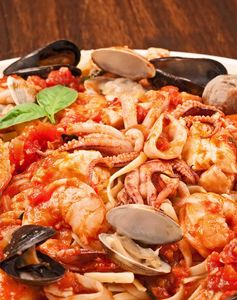 Linguine with Seafood (Linguine ai Frutti di Mare